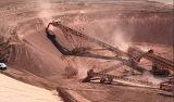 Aufschichtung von Erz in Vorbereitung für die Haufenlaugung auf der Dolores-Mine von Minefinders in Mexiko
