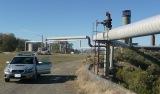 Leitungen auf dem Gelände des Projekts von Ram Power Corp. auf The Geysers