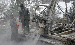 Bohrarbeiten auf dem Wrigley-Projekt der Deutsche Rohstoff AG in den North West Territories in Kanada