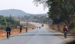 Eine mittlerweile sehr gut ausgebaute Straße führt zum Kipoi-Projekt von Tiger Resources