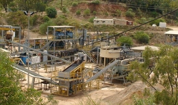 Aufbereitungsanlage auf der Wolfram Camp-Mine von Almonty Industries; Foto: Deutsche Rohstoff AG