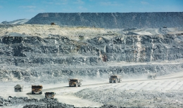 Erztransport auf der Canadian Malartic-Mine von Osisko Mining
