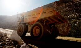 Truck auf einer Goldmine; Foto: Kinross Gold