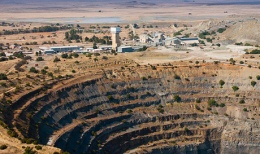 Petra_Diamonds_koffiefontein-mine-in-south-africa