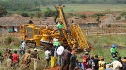 Bohrgerät der Burey Gold im Einsatz auf dem Giro-Projekt; Foto: Burey Gold