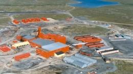 Luftansicht der Lupin-Goldmine; Foto: Nuna Group of Companies