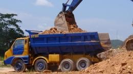 Erzabbau auf der Selinsing-Goldmine; Foto: Monument Mining