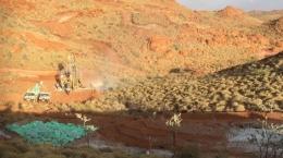 Bohrungen und andere Explorationsaktivitäten auf Pilgangoora; Foto Pilbara Minerals