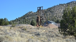 Die Mountain View-Mine in Nevada. Im Hintergrund Lone Mountain; Foto NEvada Zinc