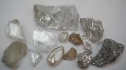 Auswahl an Diamanten von Lucapa Diamondt; Foto: Lucapa Diamond