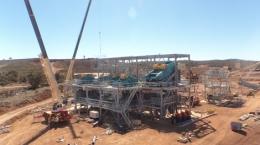 Anlagenbau auf dem Lithiumprojekt Mt Marion; Foto:  Neometals Ltd.