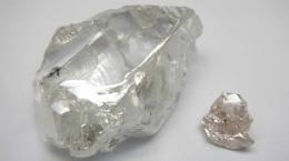173karätiger Typ IIa und 39karätiger rosa Diamant aus der Rekordproduktion des dritten Quartals; Foto: Lucapa Diamond